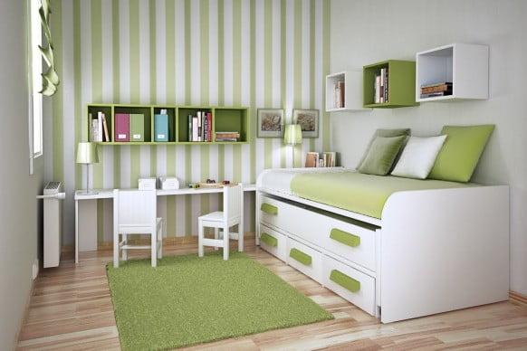 маленькая комната в полоску