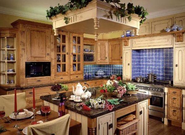 синий и зеленый на деревенской кухне
