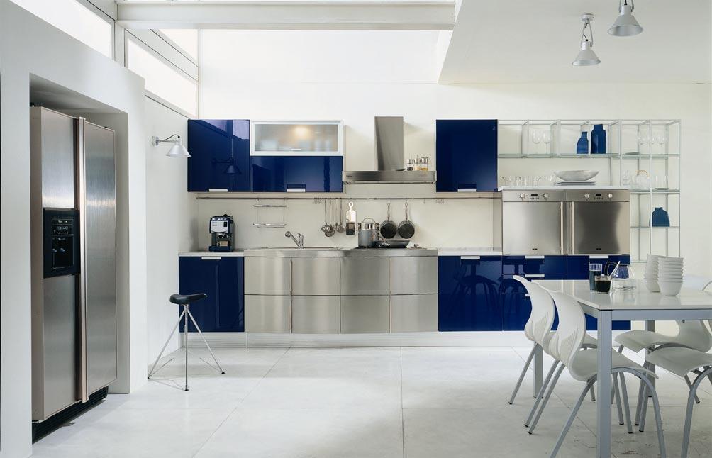 разные фасады серый и синий