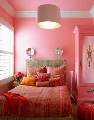 маленькая спальня для девушки