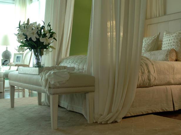 кремовые тона в романтической спальне