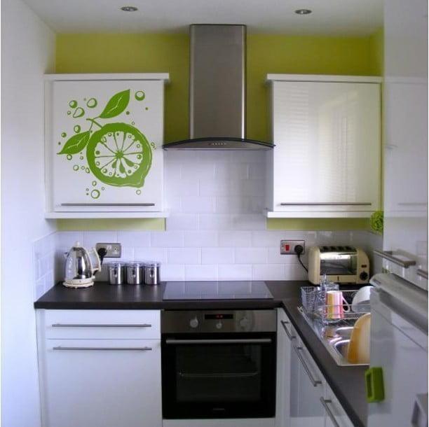 дизайн кухни 4 кв м фото с холодильником