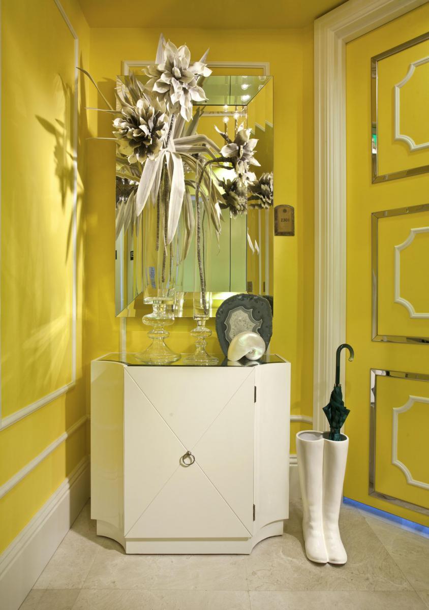 Интерьер в желтом цвете фото