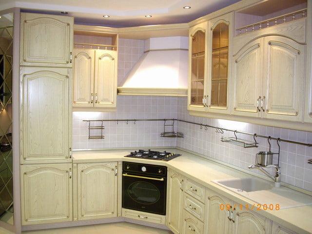Дизайн кухни из слоновой кости